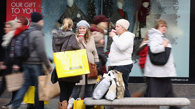 PHOTO: Holdiay Shoppers