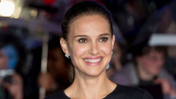 "PHOTO: Natalie Portman attends the World Premiere of ""Thor: The Dark World"" at Odeon Leicester Square on Oct. 22, 2013 in London."