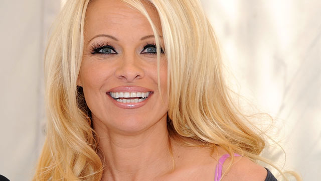 PHOTO: Pamela Anderson attends the FrogAds.com Launch In Partnership With Pamela Anderson at Petit Ermitage Hotel on March 22, 2012 in West Hollywood, Cali.