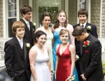 PHOTO: Prom costs now average $1,139, according to a survey by Visa.
