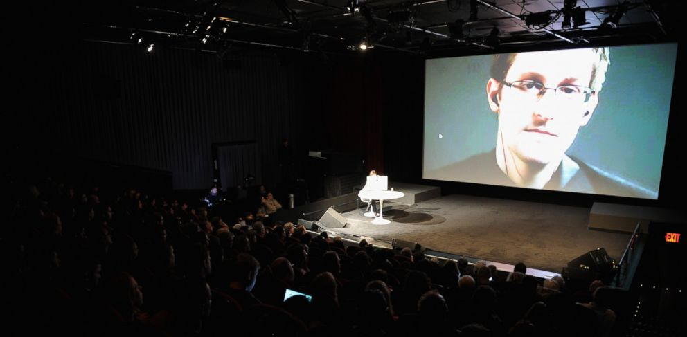 PHOTO: General view of atmosphere at the Edward Snowden interviewed by Jane Mayer event on Oct. 11, 2014 in New York.