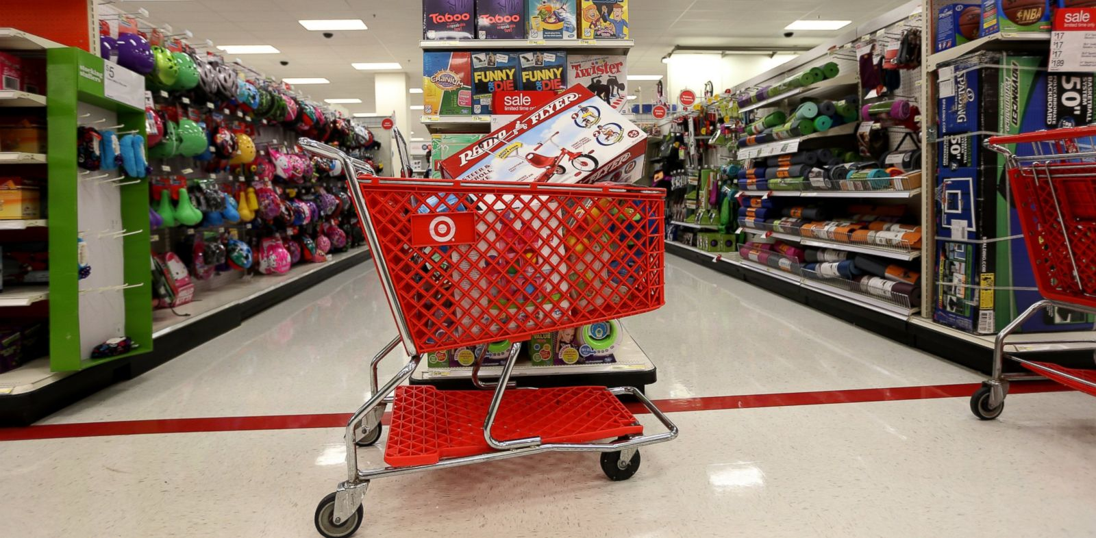 PHOTO: A shopping cart is seen in a Target store, December 19, 2013 in Miami, Florida.