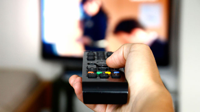 PHOTO: Here are some tips on how to save on TV and cellphone charges.
