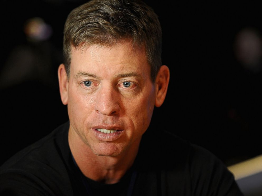 PHOTO: Troy Aikman, former NFL player and current NFL analyst answers questions from the press at Super Bowl XLVIII Media Center on Jan. 28, 2014, in New York City.