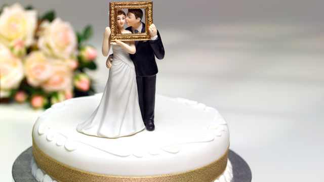 PHOTO: Newly married couples may want to file their taxes jointly.