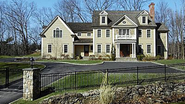 Greenwich luxury homes at a discount abc news for Builders in connecticut