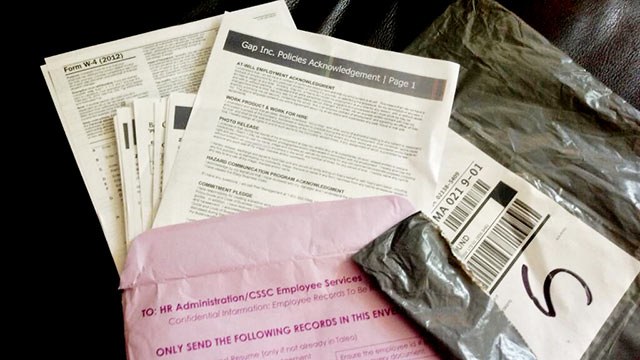 PHOTO: Banana Republic mistakenly sent a customer confidential employee papers instead of products ordered online.