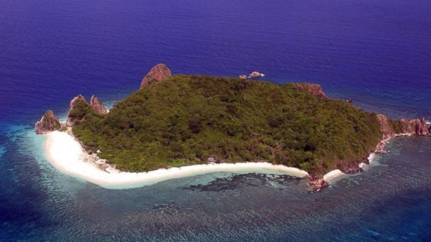 Dumunpalit Island in the Philippines is for sale for 3.4 million US dollars.