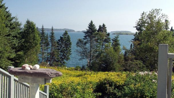 The Lower Birch Islands in Maine are for sale for 1.8 million US dollars.