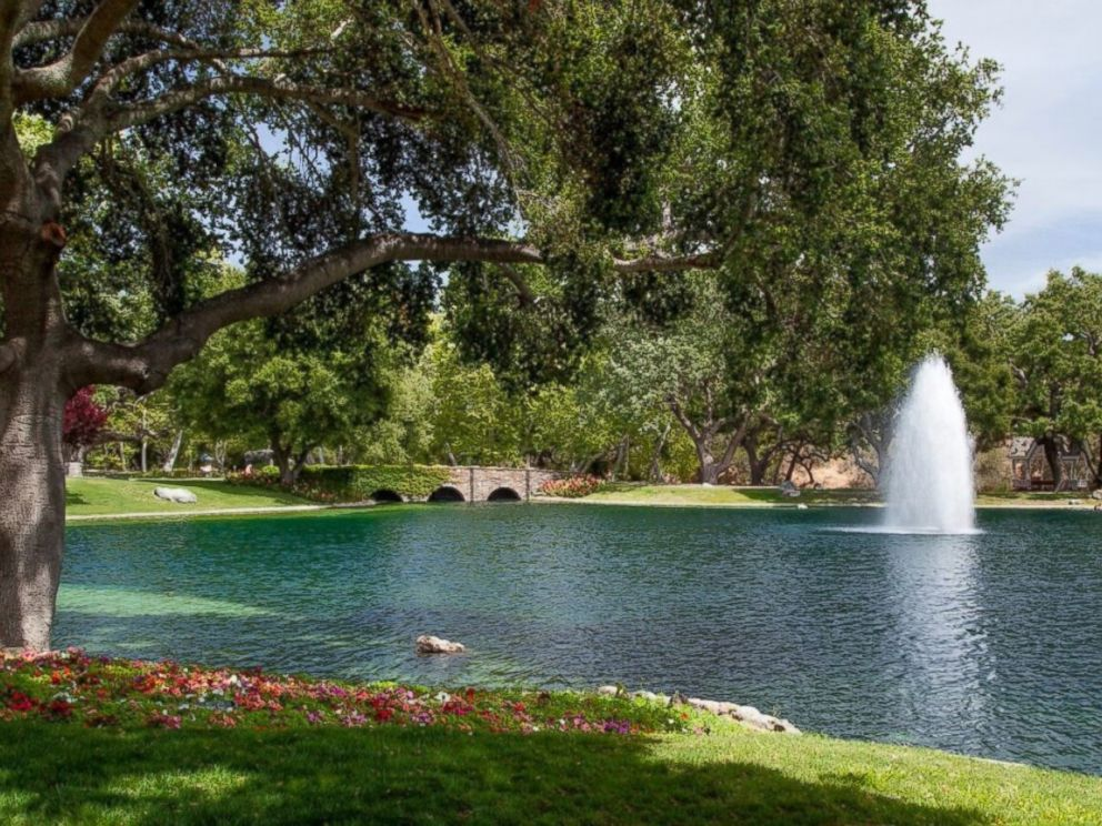 PHOTO: Colony Capital, a real estate investment firm, is selling Sycamore Valley Ranch for $100 million.