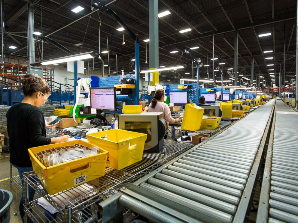 PHOTO: Brighstars buyback-trade in (BBTI) processing center in Libertyville, Illinois.