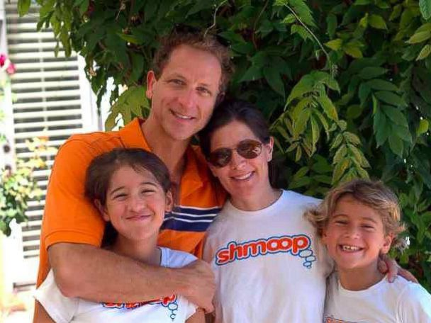 PHOTO: Clockwise, Shmoop founder David Siminoff is pictured with his wife Ellen, who is the companys president and CEO, along with their son Ben and daughter Sophie. <p itemprop=