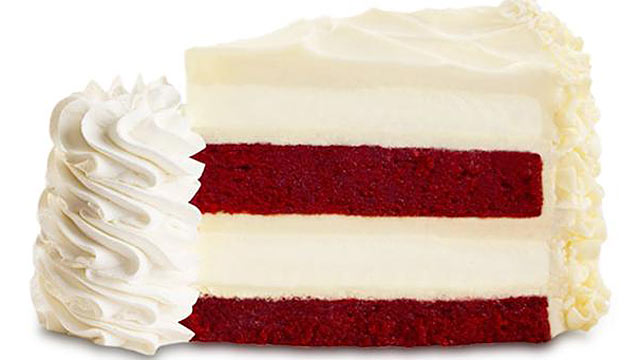 PHOTO:How many calories does The Cheesecake Factorys Ultimate Red Velvet Cake Cheesecake have? Try 1540 per slice.