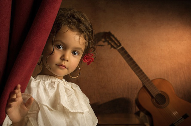 11 bill gekas portraits as paintings ll 130301 wblog These Arent Your Average Snapshots: Bill Gekas Portraits of His Daughter as Classic Paintings