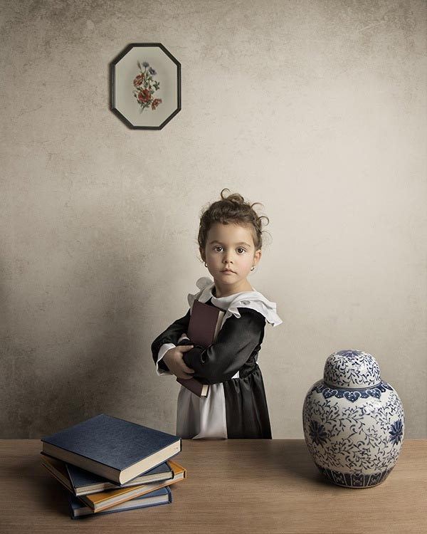 3 bill gekas portraits as paintings ll 130301 vblog These Arent Your Average Snapshots: Bill Gekas Portraits of His Daughter as Classic Paintings