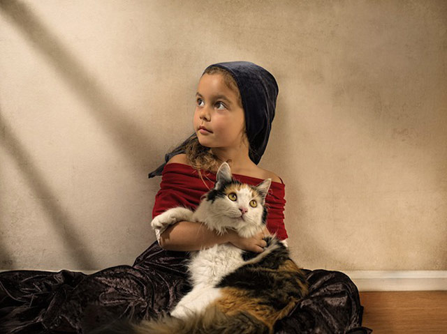9 bill gekas portraits as paintings ll 130301 wblog These Arent Your Average Snapshots: Bill Gekas Portraits of His Daughter as Classic Paintings