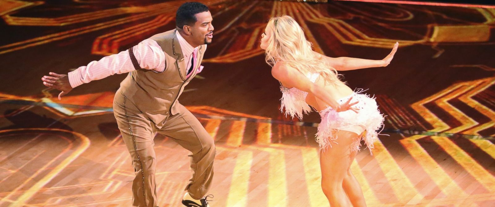 """PHOTO: Alfonso Ribeiro and Witney Carson on """"Dancing with the Stars,"""" Sept. 15, 2014."""
