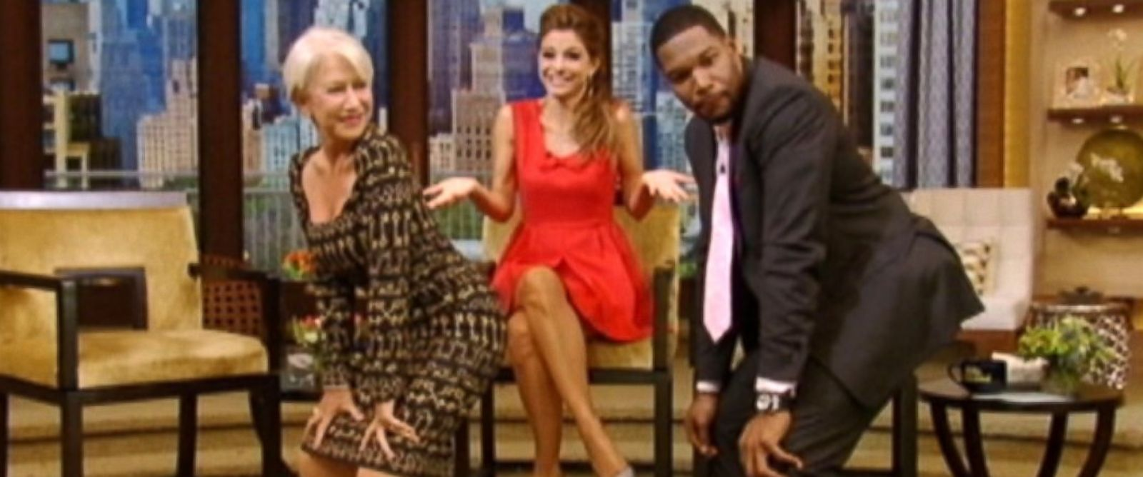 """PHOTO: Helen Mirren and Michael Strahan had a twerking contest on """"Live! with Kelly and Michael."""""""