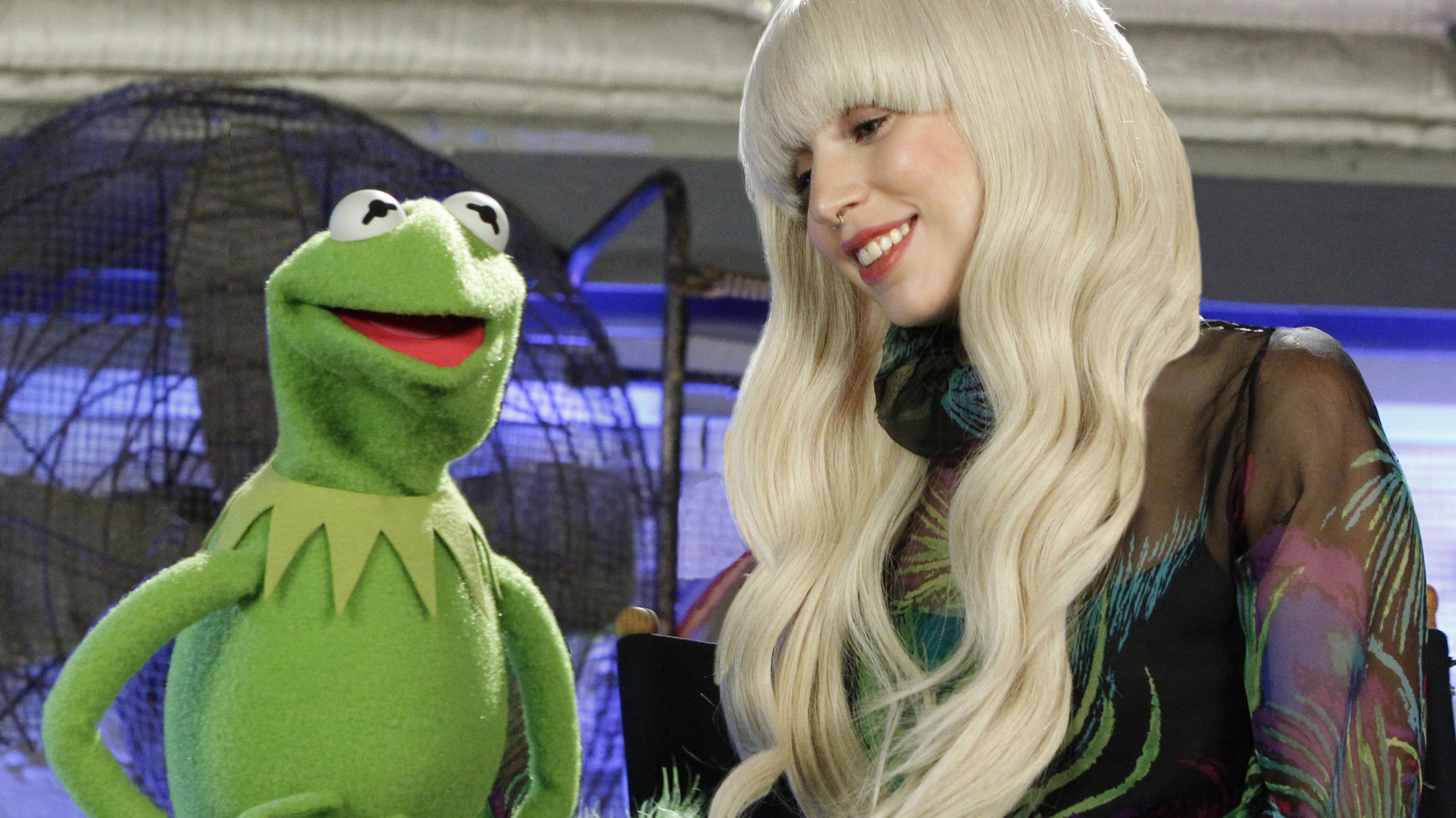 """PHOTO:On Thanksgiving night, Nov. 28, the ABC Television Network will air a 90-minute special, """"Lady Gaga & the Muppets' Holiday Spectacular."""""""
