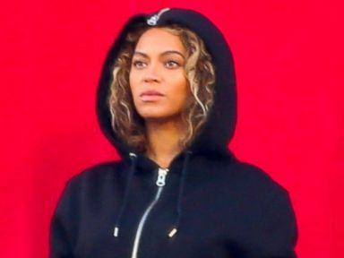 Beyonce Goes Cozy for Rehearsal