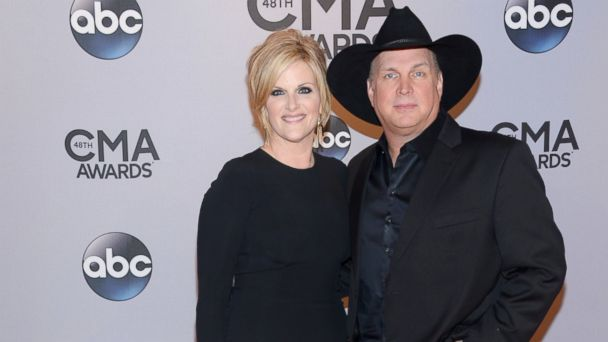 AP BROOKS22 141106 DG 16x9 608 CMA Awards 2014: Top 5 Moments From the Show