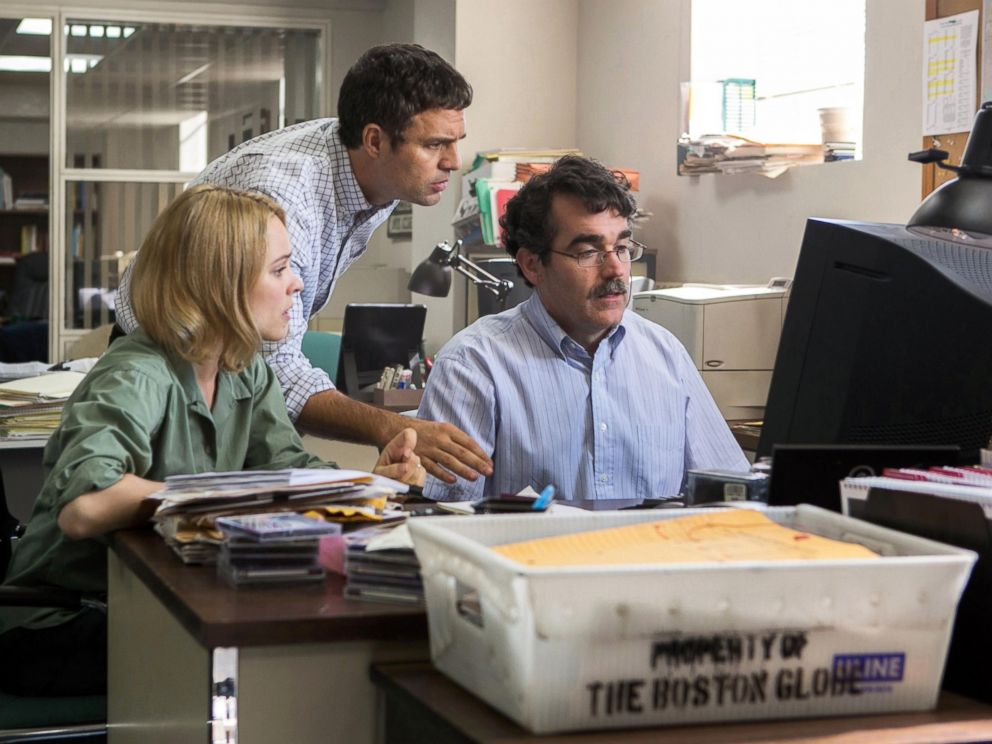 PHOTO: Rachel McAdams, from left, as Sacha Pfeiffer, Mark Ruffalo as Michael Rezendes and Brian d??Arcy James as Matt Carroll, in a scene from the film, Spotlight.