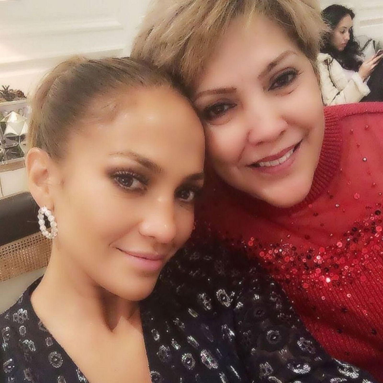 С молодой мамой фото 21 фотография