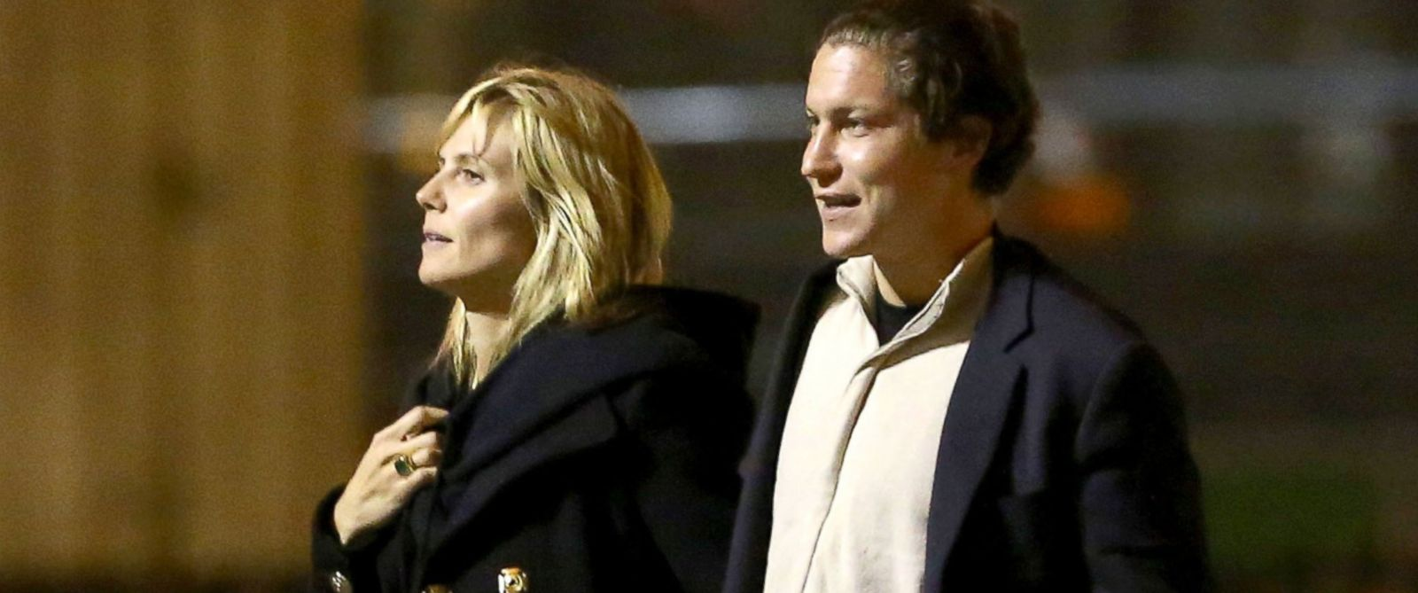 PHOTO: Heidi Klum and Vito Schnabel stroll near the Eiffel Tower in Paris, March 17, 2014.