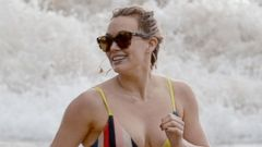 PHOTO: Hilary Duff Shows Off Her Toned Body on the Beach