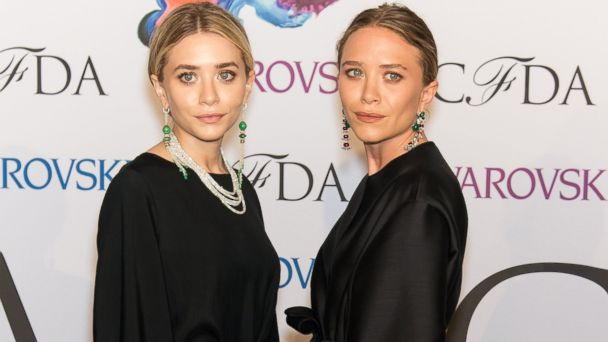 PHOTO: Designers Ashley Olsen ,left, and Mary-Kate Olsen attend the 2014 CFDA fashion awards at Alice Tully Hall, Lincoln Center, June 2, 2014 in New York.