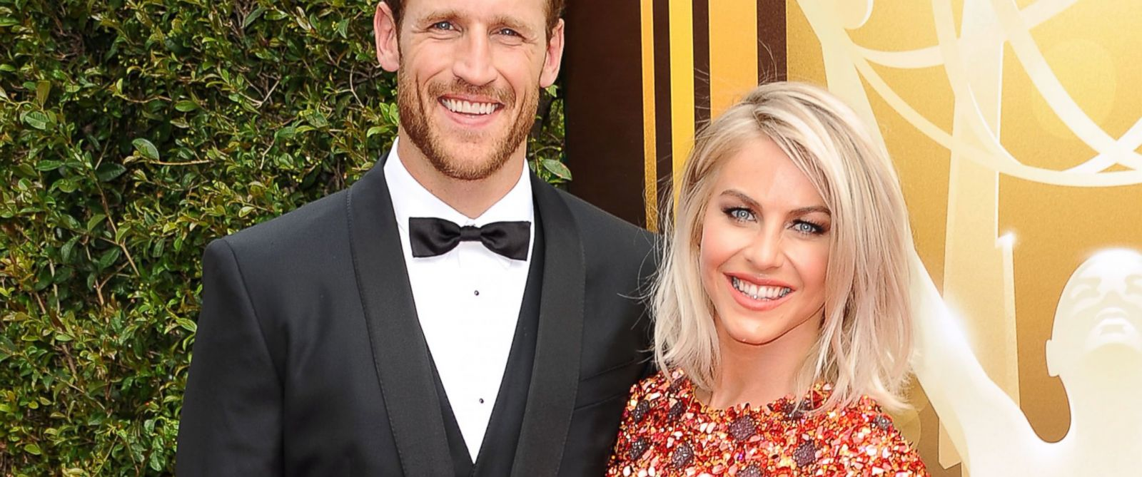 PHOTO: Brooks Laich and Julianne Hough attend the 2015 Creative Arts Emmy Awards at Microsoft Theater, Sept. 12, 2015, in Los Angeles.