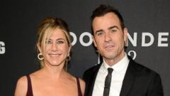 PHOTO: Jennifer Aniston and Justin Theroux Hit the Carpet