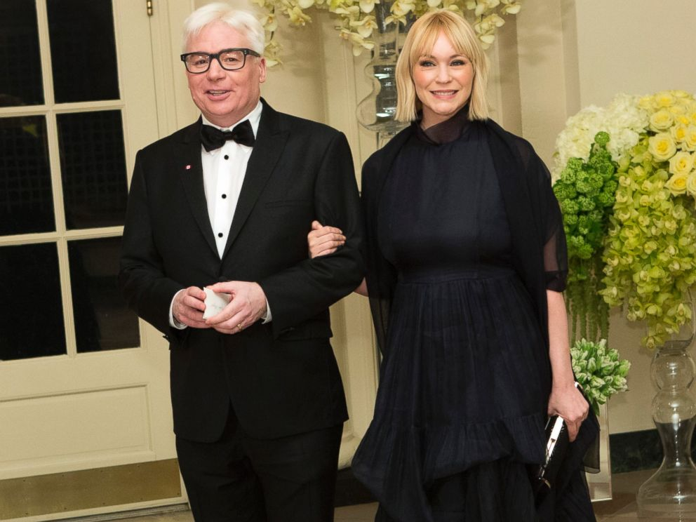 PHOTO: Actor Mike Myers and Kelly Myers arrive at a State Dinner in honor of Canadian Prime Minister Justin Trudeau at the White House in Washington, March 10, 2016.