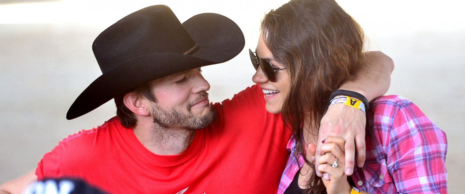 PHOTO: Ashton Kutcher, left, and Mila Kunis, right, attend Stagecoach: Californias Country Music Festival on April 25, 2014 in Indio, Calif.