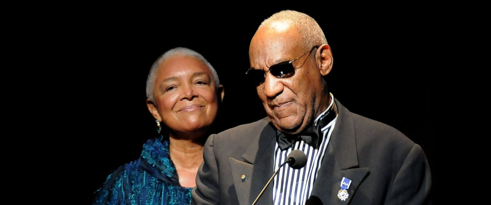 PHOTO: Camille and Bill Cosby attend the Apollo Theaters 75th Anniversary Gala at The Apollo Theater, June 8, 2009 in New York.