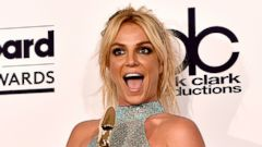 PHOTO: Britney Spears Smiles After Taking Home Honor