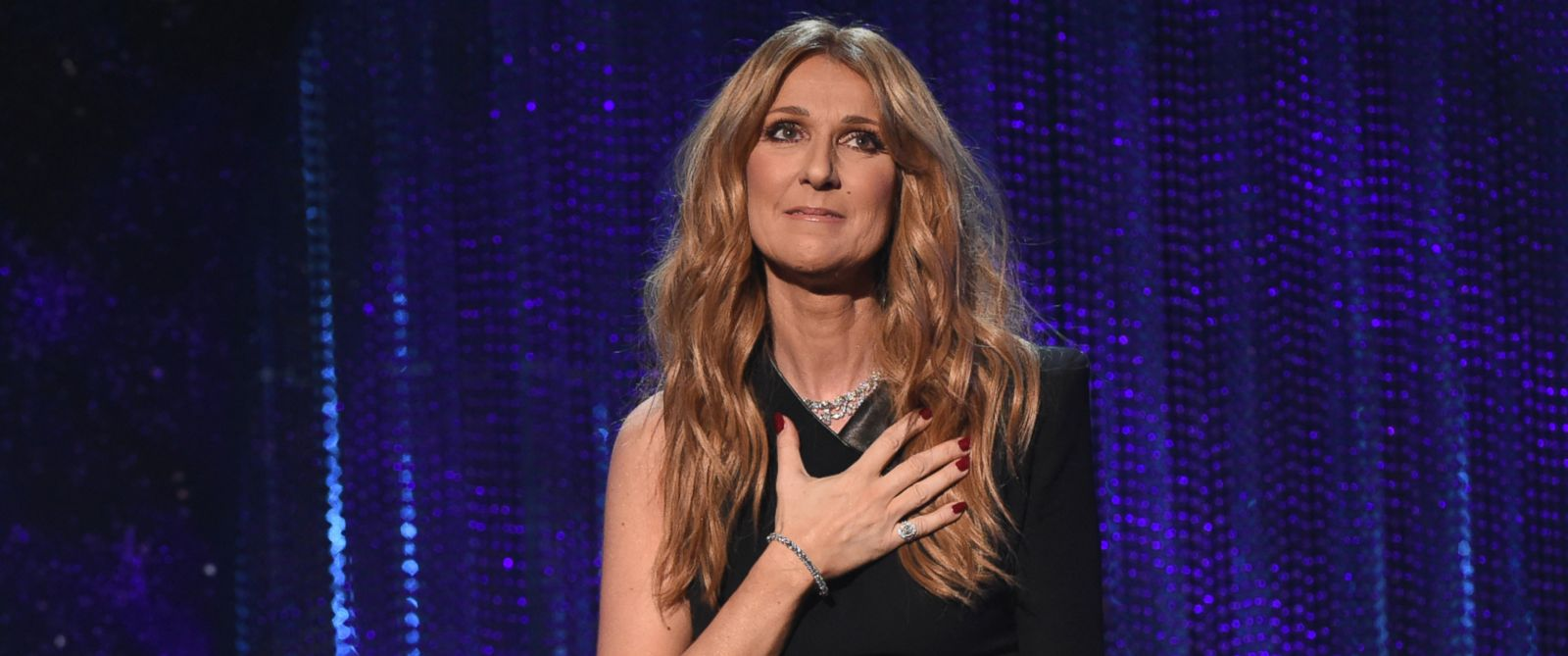 PHOTO: Celine Dion performs in Las Vegas, Dec. 6, 2015.