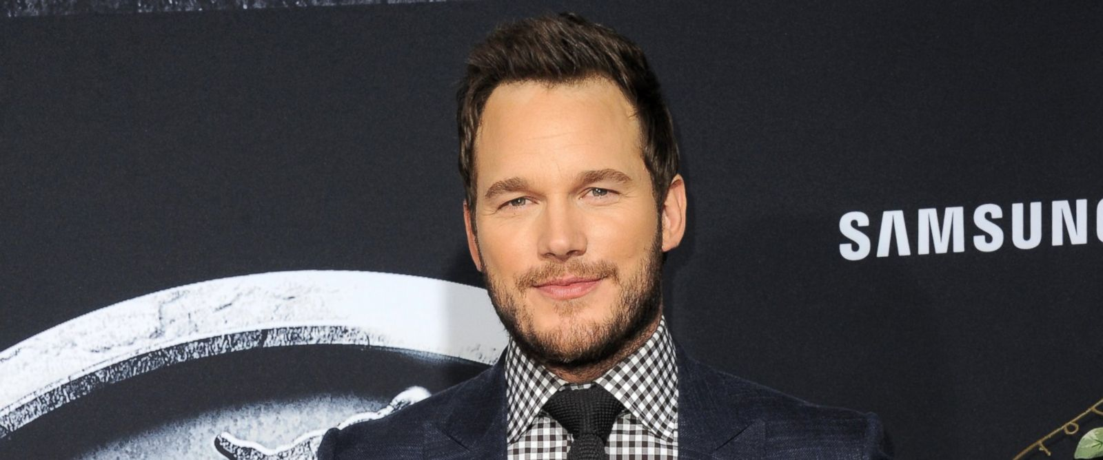 "PHOTO: Actor Chris Pratt arrives for the Premiere Of Universal Pictures ""Jurassic World"" on June 9, 2015 in Hollywood, Calif."