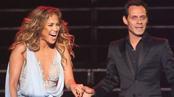 PHOTO: Jennifer Lopez and Marc Anthony perform in concert at Coliseo Jose M. Agrelot in San Juan.