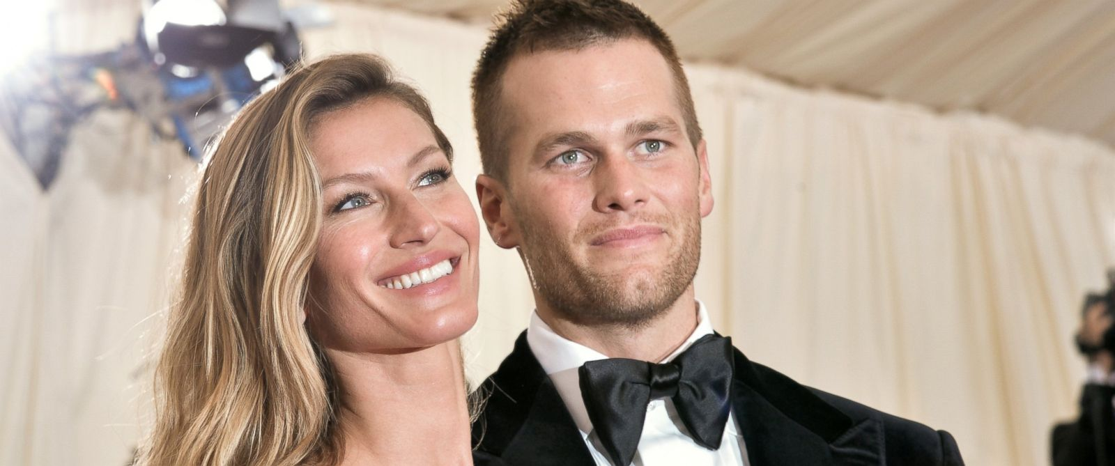 """PHOTO: Gisele Bundchen and Tom Brady attend the """"Charles James: Beyond Fashion"""" Costume Institute Gala at the Metropolitan Museum of Art, May 5, 2014, in New York City."""