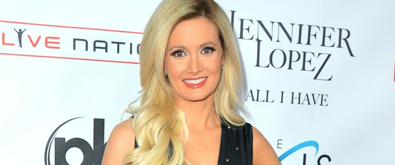 """PHOTO: Holly Madison attends the launch of Jennifer Lopezs residency """"JENNIFER LOPEZ: ALL I HAVE"""" at Planet Hollywood Resort & Casino, Jan. 20, 2016, in Las Vegas."""