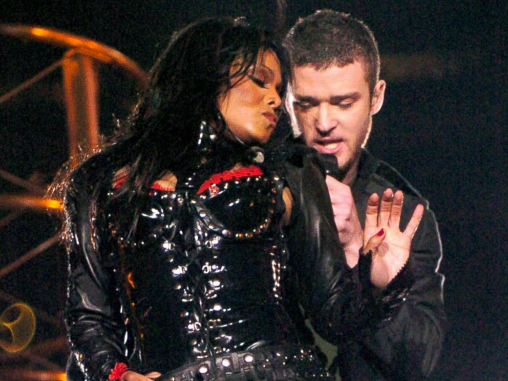 PHOTO: Janet Jackson and Justin Timberlake perform during The AOL TopSpeed Super Bowl XXXVIII Halftime Show, Feb. 1, 2004, in Houston.