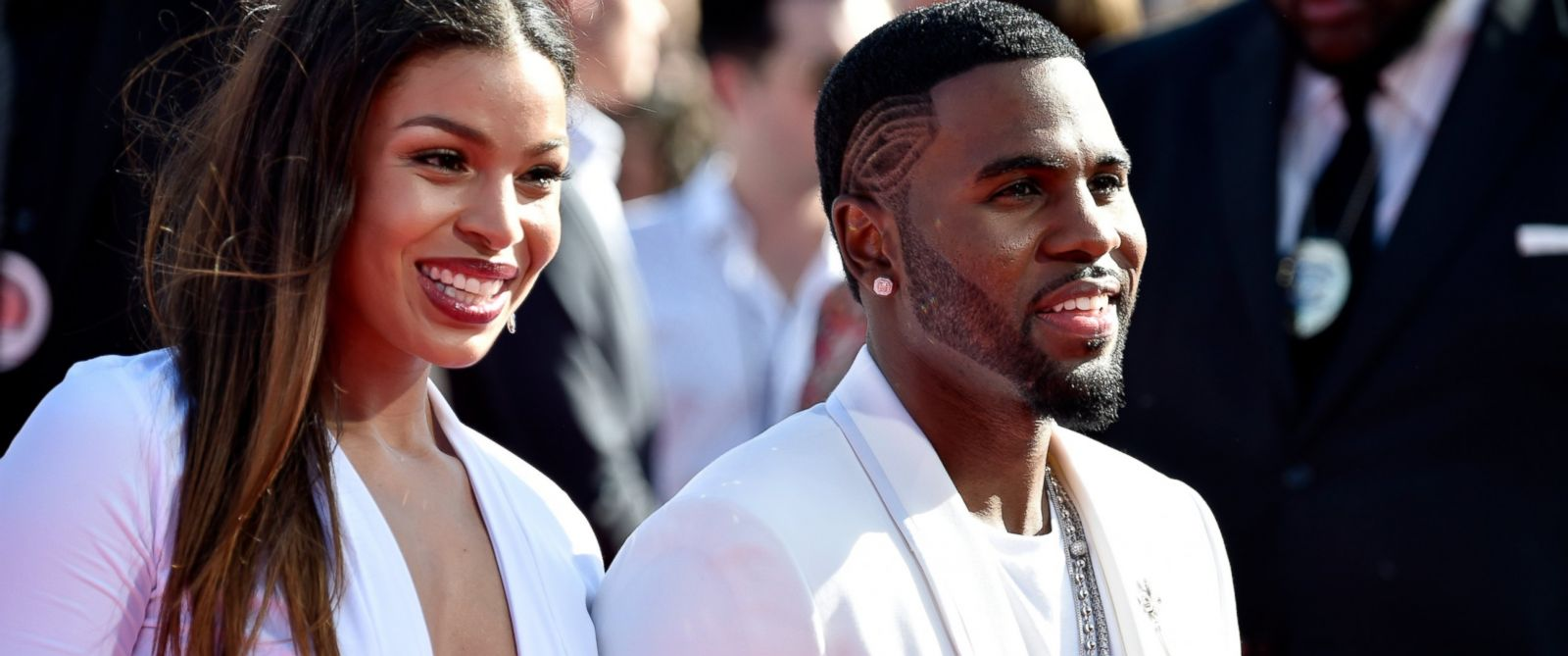 PHOTO: Recording artists Jordin Sparks and Jason Derulo attend the 2014 MTV Video Music Awards