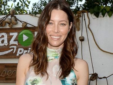 Jessica Biel Steps Out Five Months After Giving Birth