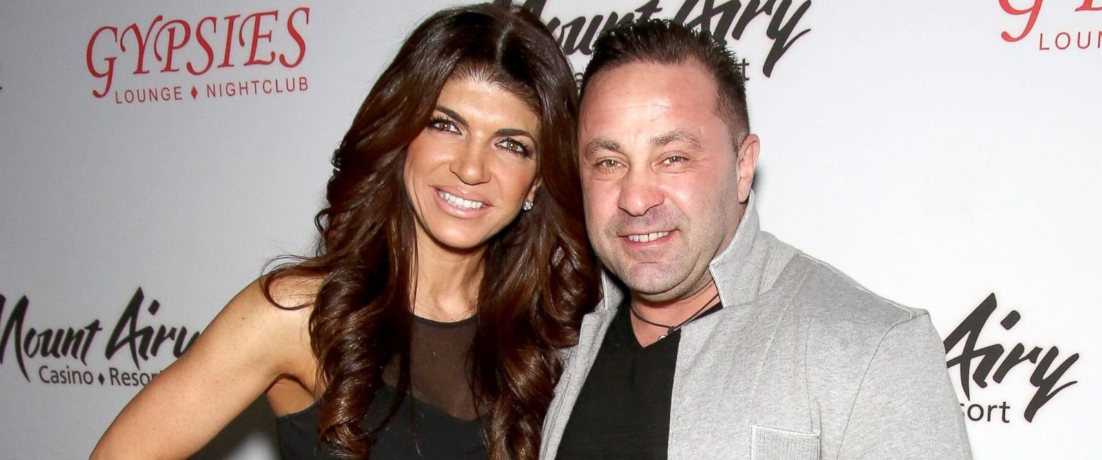 PHOTO: Teresa Giudice and Joe Giudice appear at Mount Airy Resort Casino for a book signing and meet and greet, March 5, 2016, in Mount Pocono City.