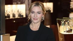 Kate Winslet Chic and Classy in Black