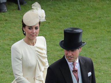 PHOTO: Duchess Kate and Prince William Attend a Garden Party