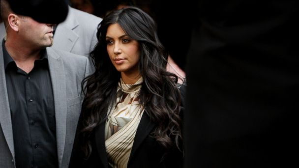 PHOTO: Kim Kardashian arrives at the Kardashian Kollection Handbag launch, Nov. 2, 2011 in Sydney.