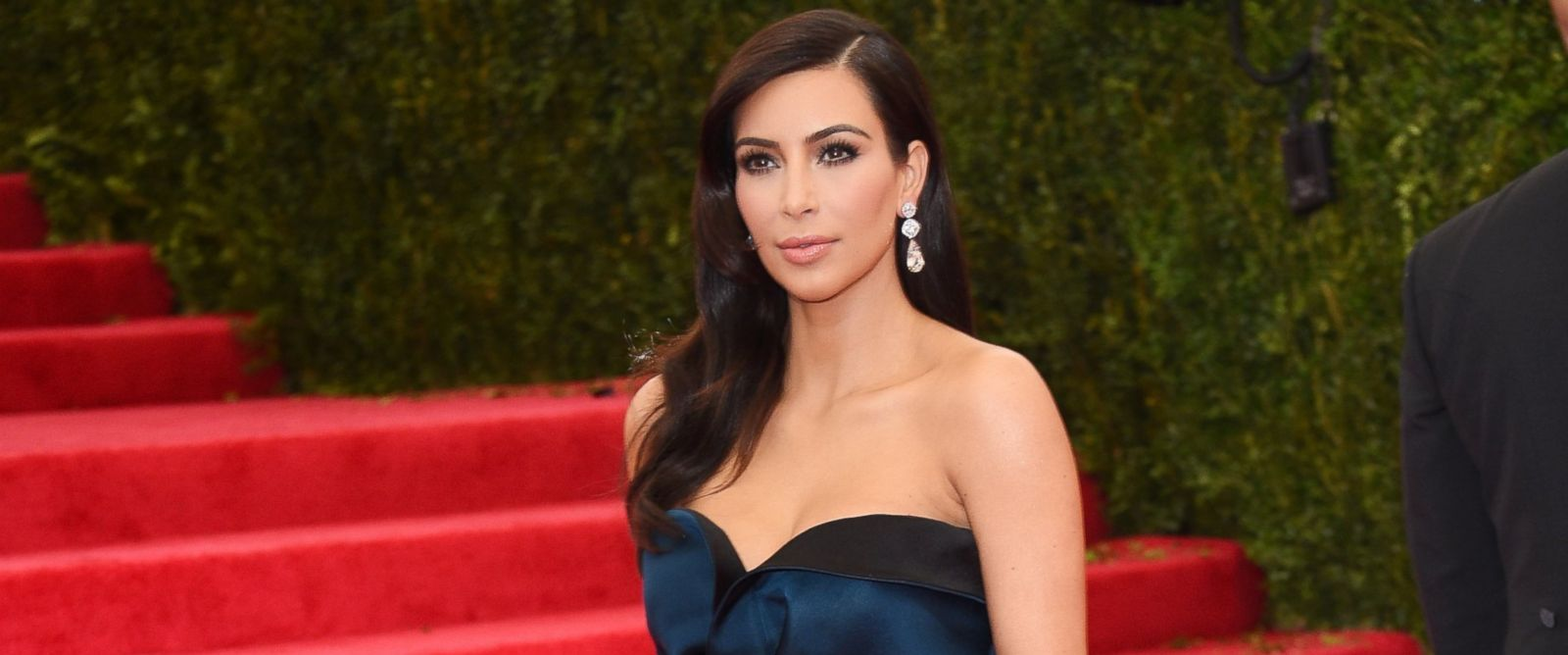 """PHOTO: Kim Kardashian attends the """"Charles James: Beyond Fashion"""" Costume Institute Gala at the Metropolitan Museum of Art on May 5, 2014 in New York City."""
