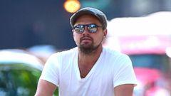 PHOTO: Leonardo DiCaprio Takes a Bike Ride in Manhattan